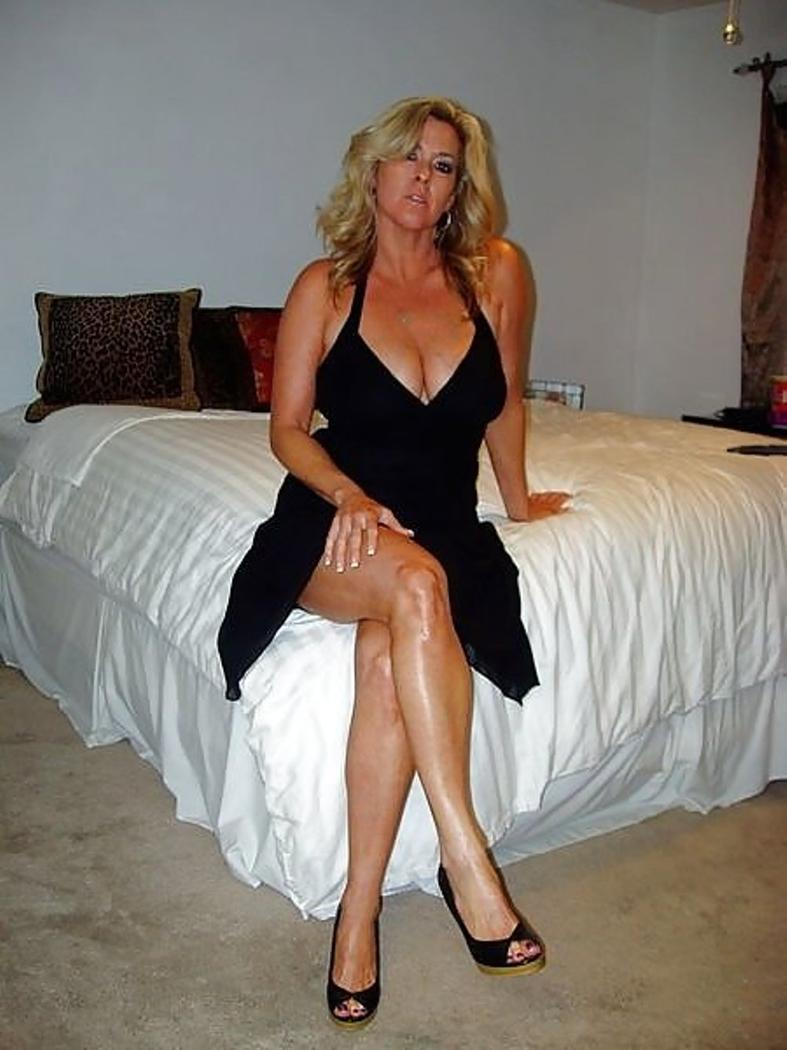 Real wife pics milf